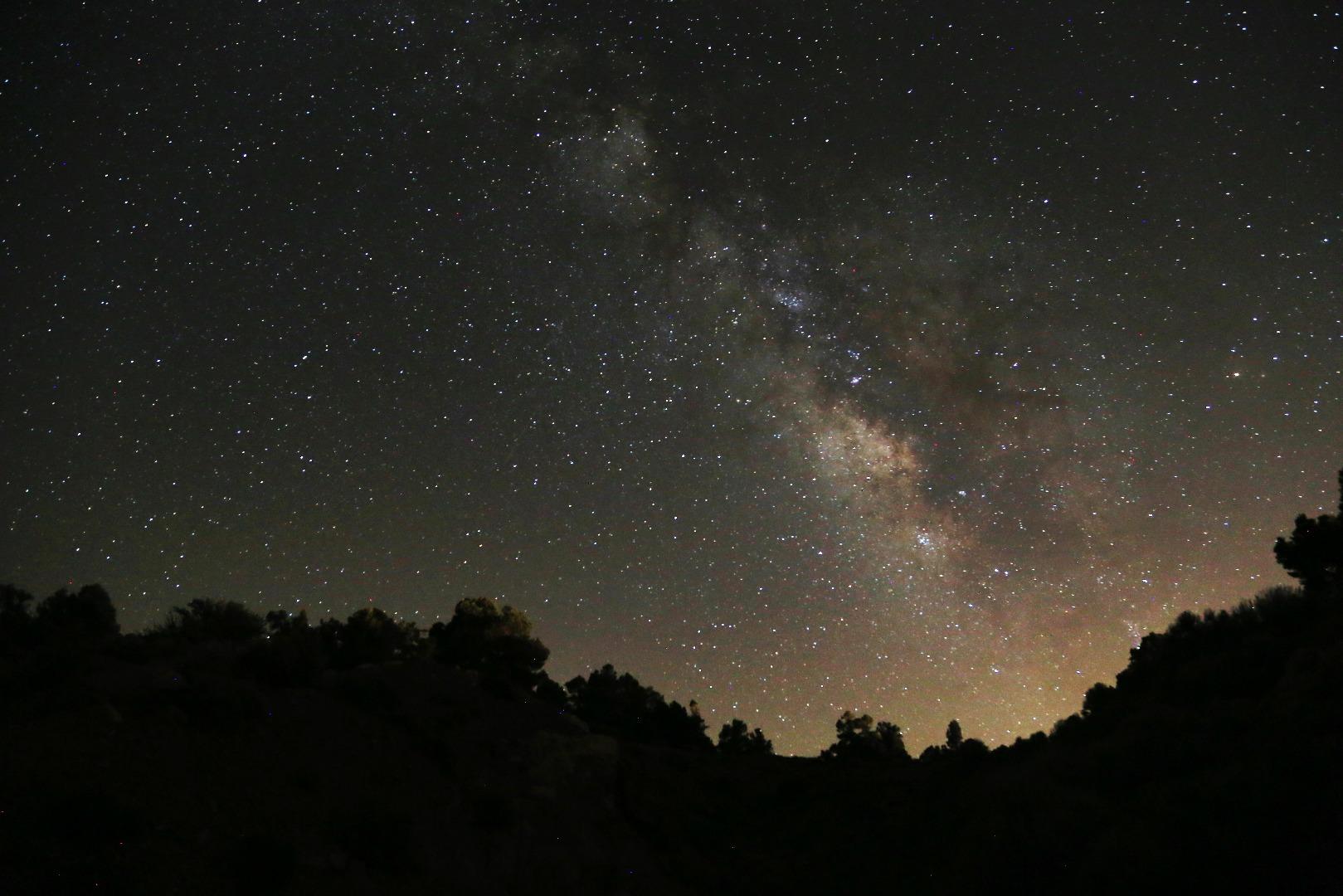 晚上拍星星。